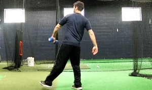"High Level Throwing: MLB Players ""No Glove Tucks"""